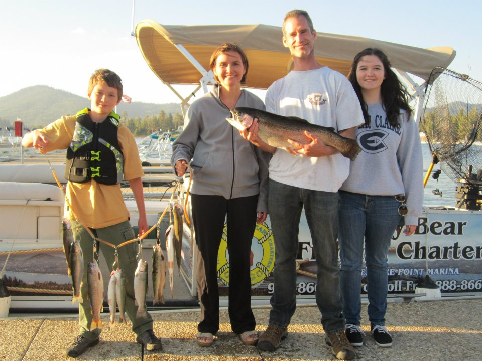 1st_winner_of_lucky_lunker_contest_2012